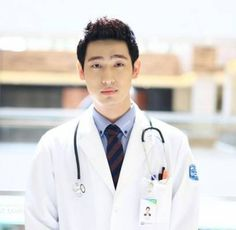 Within in a month since he joined JYP Entertainment, actor Yoon Park has already landed a role in the new KBS drama 'Good Doctor'! New Actors, Actors & Actresses, Good Doctor Korean Drama, Yoon Park, Joo Sang Wook, Joo Won, Solo Pics, Moon Chae Won, Medical Drama