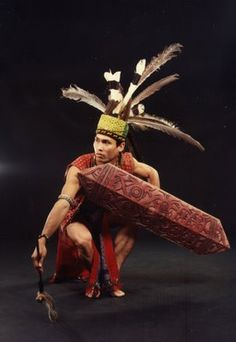 Sarawak Dance - Notice the Hornbill feathers. The Hornbill is the sacred bird of Sarawak Malaysia Truly Asia, Polynesian People, Native Wears, New Years Background, Studio Portraits, Tribal Art, Traditional Art, Concept Art, History