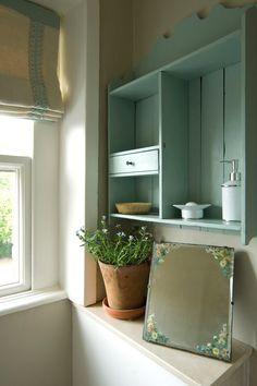 """Shelf color Farrow & Ball """"Green Blue"""" No. 84"""
