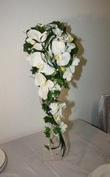 Brautstrauss Orchideen mit Gräsern