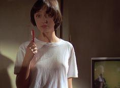 Maria De Medeiros Pulp Fiction | papel de Maria de Medeiros em Pulp Fiction, também usa corte ...