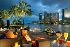 Miami South Beach :: In The Fashion| Serafini Amelia| Azul Restaurant, Miami