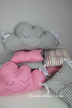 Купить Комплект в кроватку малыша - разноцветный, комплект в кроватку, бортики в кроватку, бортики, текстиль для детской, бортики-подушки, бортики-облачка.