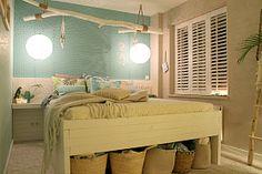 Romantic bedroom by Eigen Huis en Tuin Ibiza Fashion, Interior Garden, Bench, Bedroom, Storage, House, Furniture, Home Decor, Style