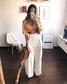 Chic Outfits, Spring Outfits, Trendy Outfits, Fashion Outfits, Look Fashion, Fashion Beauty, Street Style Summer, Mode Inspiration, Feminine Style
