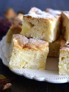Szybki placek z jabłkami – genialne ciasto, szybkie i bardzo proste w przygotowaniu. Przepis na każdą okazję, zawsze się udaje. Składniki podaję w łyżkach, dla łatwiejszego zapamiętania przepisu. Zamiast jabłek można użyć innych owoców, zatem przepis jest całoroczny. Upieczcie i spróbujcie, a zapewniam, że będziecie do niego wracać :)