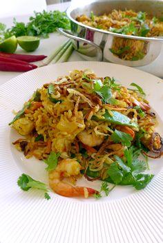 Nasi Goreng – Fried rice with chicken and prawns