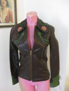 East West Musical Instruments Vintage 70s Leather 'Rodeo' western ROSES Jacket in a size small