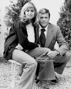 Promotional shot of actors Oliver Reed and Susan George as they appear in the film 'Tomorrow Never Comes', Susan George Actress, Sport Tv, Olivia Hussey, Terence Hill, Oliver Reed, Iconic Women, Film Music Books, British Actors, New Life