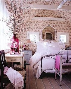 now I have to redo my bedroom....OH hubby...