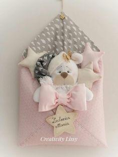 Baby Crafts, Felt Crafts, Adornos Halloween, Baby Shawer, Baby Mobile, How To Make Toys, Felt Garland, Baby Store, Felt Toys