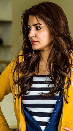 Anushka Sharma Pics, Anushka Sharma Movies, Indian Celebrities, Bollywood Celebrities, Beautiful Bollywood Actress, Beautiful Actresses, Shraddha Kapoor Bikini, Sonam Kapoor Photos, Kajal Agarwal Saree