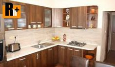 Na predaj 2 izbový byt orientovaný na V, Nitra. Plocha úžitková 68m2, podlahová 68m2, k dispozícii: pivnica, výťah, balkón. Veľmi dobrý stav. Nachádza sa na 1. podlaží z 7. Podlaha: plávajúca. Steny: stierky. Vybavenie kúpeľne: klasická vaňa. Vybavenie kuchyne: kuchynská linka. Cena 67 000,00 EUR/celkom. Kúpou tejto nehnuteľnosti získate poukaz na Kanárske ostrovy! Energetická trieda: C. Ev. číslo: 104486 Kontakt: 0917 206 206. Ďalších 7000 ponúk nájdete na www.r...