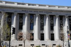 The Frank Moss Federal Courthouse in Salt Lake City, Utah.  Photography by David E. Nelson (2014)