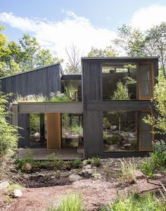 In upstate New York, two families unite to design a vacation house that will suit all their needs for years to come. In upstate New York, two families unite to design a vacation house that will suit all their needs for years to come. Exterior Design, Interior And Exterior, Building A Container Home, Container Homes, Container Design, Container Cabin, Cargo Container, Container Gardening, Casas Containers
