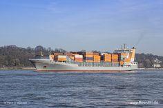 """Das Feederschiff """"THETIS D"""" - IMO 9372274 // #HamburgerHafen #Hamburg #Schiffe #Containerschiff #Hafen / gepinnt von www.MeerART.de"""