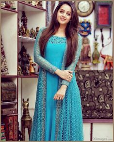 Beauty Pictures: Party wear and dresses Gown Party Wear, Party Wear Indian Dresses, Indian Gowns Dresses, Dress Indian Style, Party Wear Kurtis, Party Wear Sarees, Designer Anarkali Dresses, Designer Party Wear Dresses, Kurti Designs Party Wear