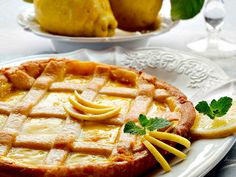 Garda Lake Lemon Tart {Crostada al Limone del Lago di Garda)