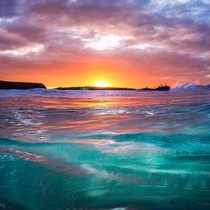 Sunset by the Ocean Beautiful Ocean, Beautiful Sunrise, Beautiful Beaches, Sunset Pictures, Beach Pictures, Nature Pictures, Sunset Wallpaper, Landscape Wallpaper, Sunset Photography