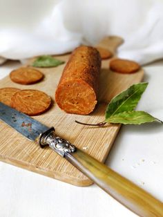 Seitan, Chorizo, Charcuterie Vegan, Vegan Vegetarian, Vegan Food, Vegan Dishes, Plant Based Recipes, Rolling Pin, Carne