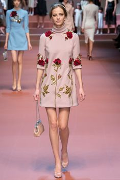 Dolce & Gabbana Fall 2015 Ready-to-Wear - Collection - Gallery - Style.com | Pink, Gold and Roses Dress | Style