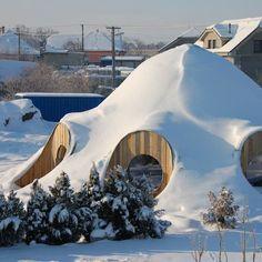 loadbearing straw bale dome