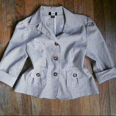 """Brown & White Structured Blazer Beautiful striped structured blazer.  3/4"""" length sleeves.  Two front pockets and large brown buttons to wear closed or opened- easily switch from office to casual night out! Fit for a womans 8/10. Jackets & Coats Blazers"""