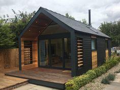 Backyard Office, Backyard Studio, Garden Office, Backyard House, Backyard Retreat, Garden Cabins, Summer House Garden, House Extension Design, Shed Design