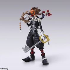 From the popular JRPG Kingdom Hearts II, here's a cool action figure of Sora in his Halloween Town form. Extremely posable with lots of extra parts like 2 Keyblades, 4 masks, extra hands, and more. There's no limit to the fun you can have with this action Sora Kingdom Hearts, Kingdom Hearts Figures, Halloween Town, Halloween Face Mask, Disney Pop, Dragon Quest, Gravity Rush 2, Anime Figures, Action Figures