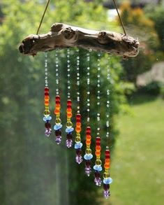 Tinker sun catcher - made of driftwood and glass rainbow beads - DIY garden . - Tinker sun catcher – made of driftwood and glass rainbow beads – DIY garden idea *** DIY Driftw - Nature Crafts, Fun Crafts, Diy And Crafts, Arts And Crafts, Decor Crafts, Yard Art, Carillons Diy, Easy Diy, Deco Nature
