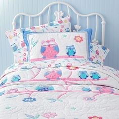 Love this for the little G but it's too early for big girl bedding :/