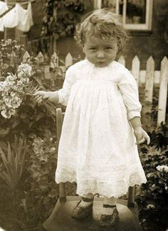 One of the most precious little girls, ever. Possibly 1900s-1920s.