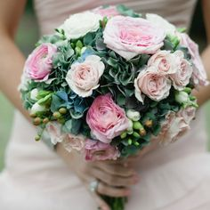 Pink and green bridal bouquet | Harwell Photography | Bouquet: BobbyMark's Designs