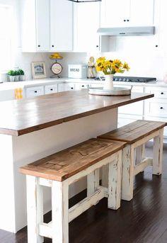 Cozinha rústica com bancos de pallet