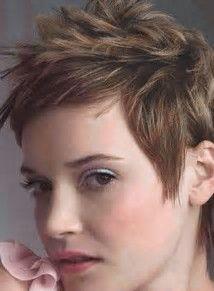 Kuvatulokset haulle short spikey hairstyles for women