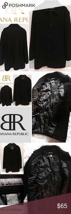 MENS'S BANANA REPUBLIC PEA COAT BLACK SZ M Pre owned, gently worn and in very good condition. Banana republic wool and cashmere lined PEA COAT SZ is medium. Button front, two side open pockets and fully lined. No rips or stains. Very clean and from a smoke free environment. Offers welcome here!❤️👍😊 Banana Republic Jackets & Coats Pea Coats