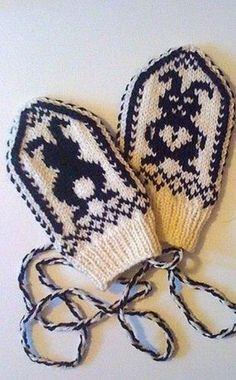 Photo Baby Mittens, Knit Mittens, Mitten Gloves, Knitted Hats, Knitting For Kids, Crochet For Kids, Baby Knitting, Knit Crochet, Scandinavian Pattern