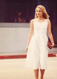 Image in Dianna Agron Winston Marshall, Quinn Fabray, Naya Rivera, Dianna Agron, Glee, Celebrity Pictures, Diana, White Dress, Bridesmaid Dresses