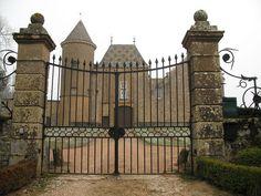 Château de Saint-Léger est situé sur la commune de Charnay-lès-Mâcon   — Wikipédia