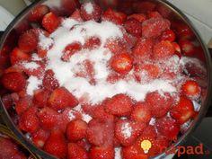 Vyskúšala som aj iné recepty, no tento je najstarší a zároveň aj najlepší! Raspberry, Strawberry, Food And Drink, Homemade, Canning, Fruit, Drinks, Hana, Drinking