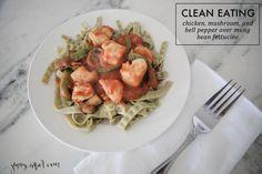 Chicken, Mushroom, and Bell Pepper Marinara over Mung Bean Fettucine - http://jennycollier.com/?p=11661