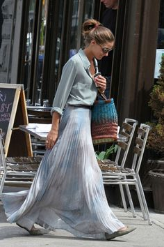 Olivia Palermo, like the skirt