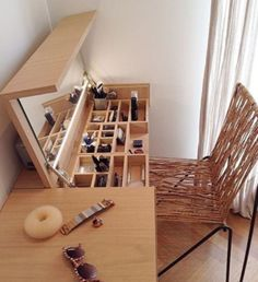 """22 Space-Saving Ideas to Make Any Small Apartment Feel Cozier """"Home is where the heart is."""" A house transforms into a home with its people, their feelings, and their togetherness. Each home speaks to the personality of its inhabitants. Diy Casa, Small Apartments, Small Apartment Storage, Small Apartment Furniture, Small Room Furniture, Bedroom Furniture, Tiny House Furniture, Mirror Furniture, Tiny House Storage"""