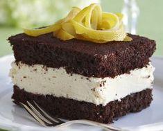 Chocolate and lemon cakes - Suklaa-sitruunaleivokset, resepti – Ruoka. Cake Recipes, Dessert Recipes, Desserts, Finnish Recipes, Cake Pops, Cupcake Cakes, Cupcakes, Sweet Tooth, Bakery