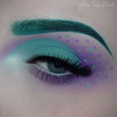 WEBSTA @ nikkitaylorhinds - Shape inspired by @beccaboo318, color scheme inspired by good ol' Sully from Monsters Inc. Because once I saw Blow Pony next to Breakfast at Tiffany's, it was a must. Although it sort of looks like a child's bedspread, but I don't think I'm mad about it..[Products used: @jeffreestarcosmetics Breakfast at Tiffany's
