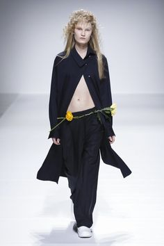 Injury | Fixxed Studios | Kenax Leung Ready To Wear Fall Winter 2016 Paris