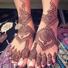 Henna Artist Adorn your hands with latest mehendi designs that can be perfectly curated by Mehndi Artist in Jaipur to make your mehendi ceremony unforgettable.