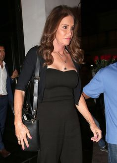 Caitlyn Jenner And Kris Jenner Film Scenes For Keeping Up With The Kardashians: Buried Hatchet Or Obligated By Contract?