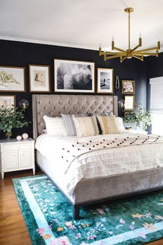 80 Modern Bohemian Bedroom Decor Ideas February Leave a Comment Find the best bohemian bedroom designs. Your bedroom speaks for your identity and lifestyle. And the bedroom decor that will definitely represent everything you are is non Bedroom Sets, Home, Bedroom Makeover, Modern Bohemian Bedroom, Stylish Bedroom, Romantic Bedroom Decor, Stylish Bedroom Design, Chic Bedroom, Small Bedroom