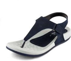 Trending beautiful flat sandals for women - Trendsuni Beige Flats, Navy Flats, Brown Flats, Black Flats, Comfortable Sandals, Trends, Style And Grace, Modern Outfits, Flat Sandals